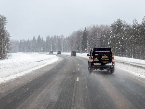 Winter roads in Russia